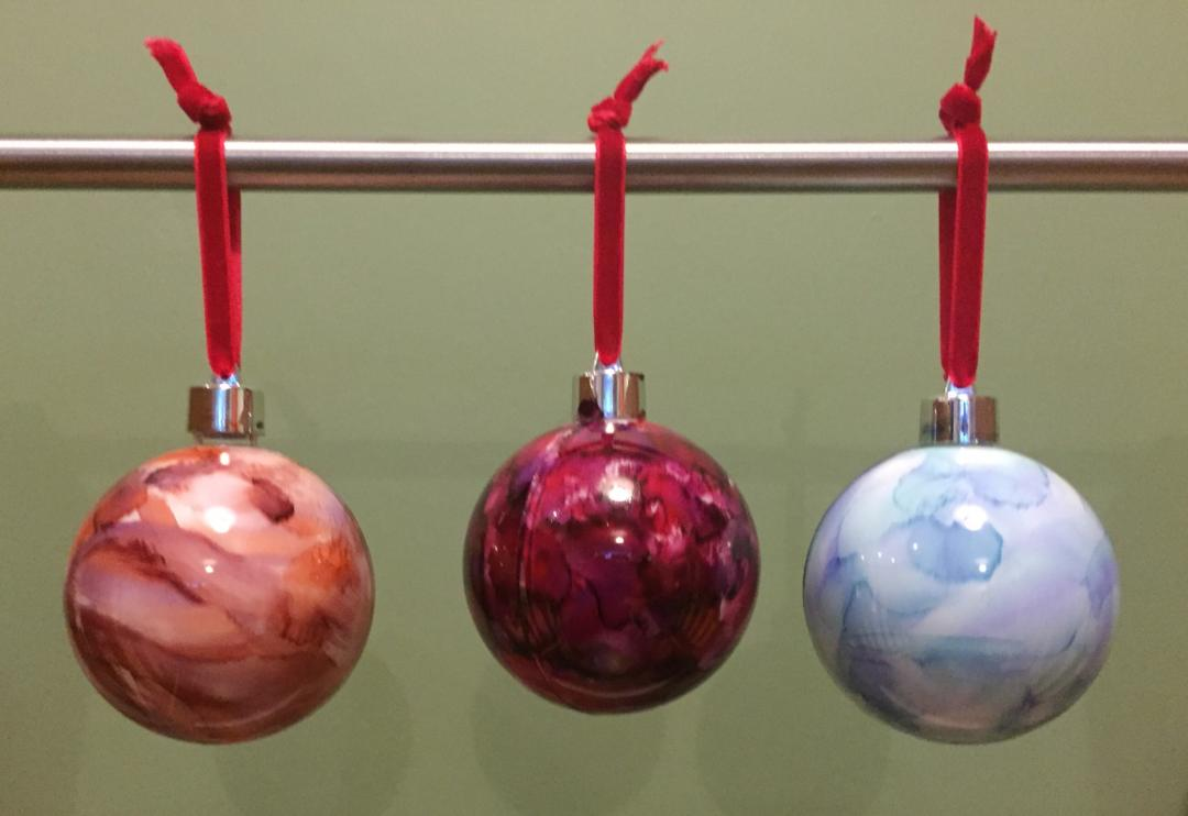 Alcohol Ink Baubles