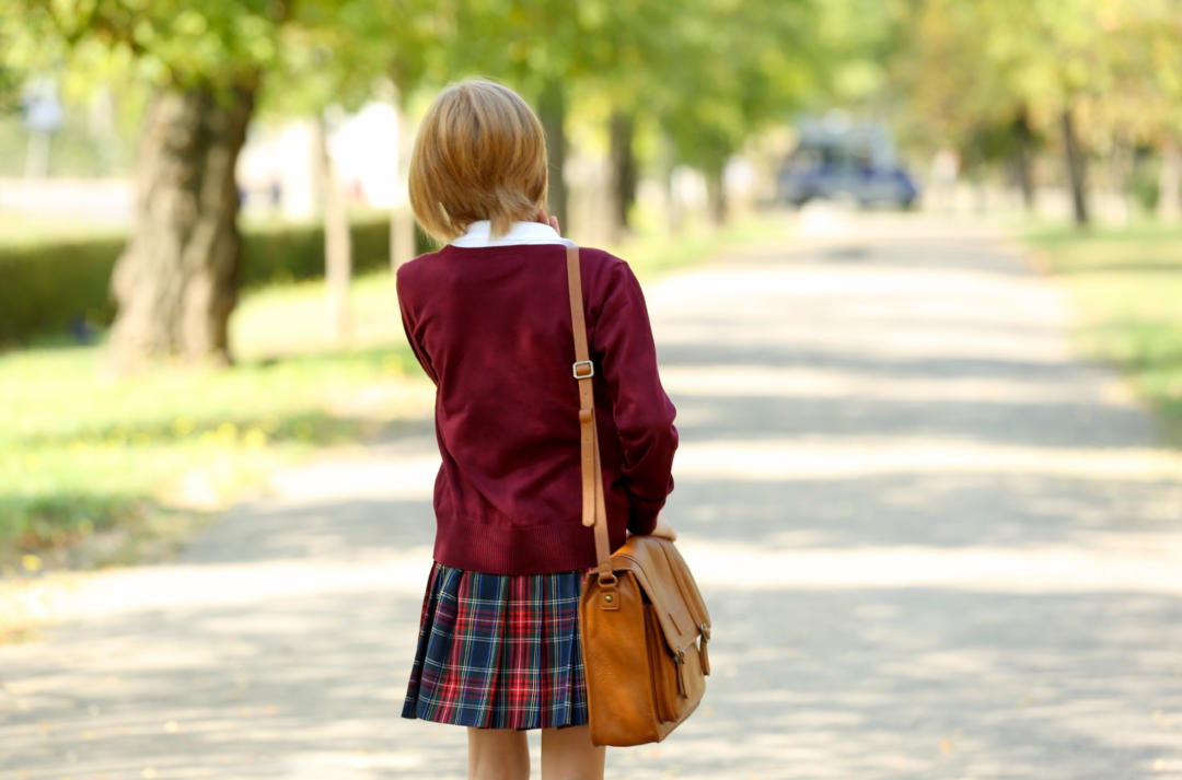 At What Age Can a Child Walk to School Alone?